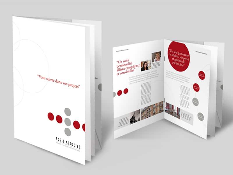 Création de la plaquette du cabinet d'avocats RCS & Associés, situé à Paris 16e. Direction artistique, graphisme et accompagnement par Caroline Prouvost